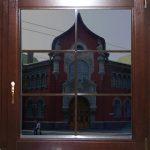 Деревянные окна — виды, плюсы и минусы