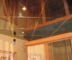 Монтаж зеркальных потолков