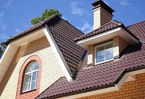 фото Двускатная крыша загородного дома
