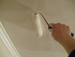 фото Окрашивание потолка