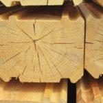 Профилированный брус покрыли трещины — варианты устранения