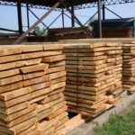 Атмосферная сушка древесины: преимущества, недостатки и важные нюансы