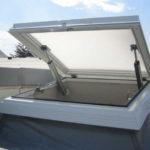 Разновидности и изготовление люков для крыши дома